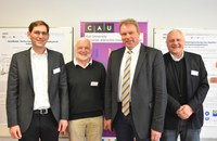 Präsentierten auf dem ANGUS Symposium das Forschungsprojekt ANGUS (v.l.): Sebastian Bauer, Olav Hohmeyer, Lutz Kipp, Andreas Dahmke. Foto/Copyright: Raissa Maas, CAU
